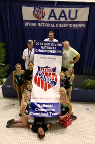 CVD Divers and Coaches receiving our National Champions Banner